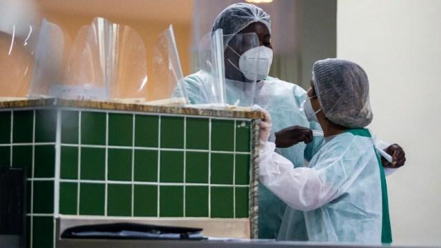 Europa rebasa el millón de muertes en punto crítico de la pandemia: OMS