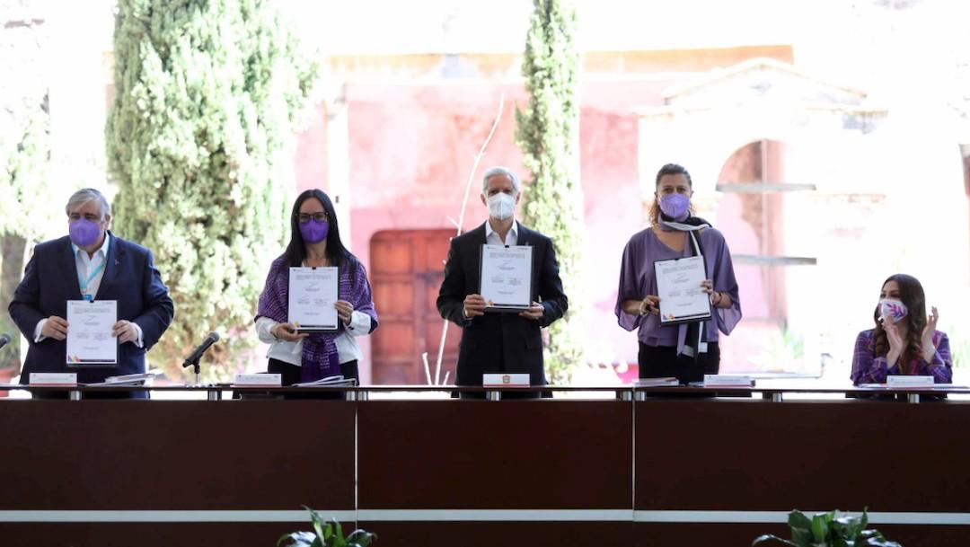 Firma, en el marco del Día Internacional de la Mujer (Gobierno del estado de México)