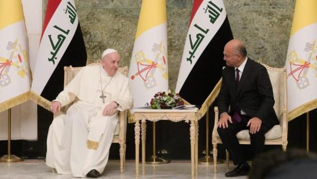 El papa y el presidente de Irak, Barham Saleh