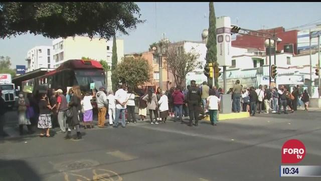 manifestantes bloquean avenida xola en la cdmx