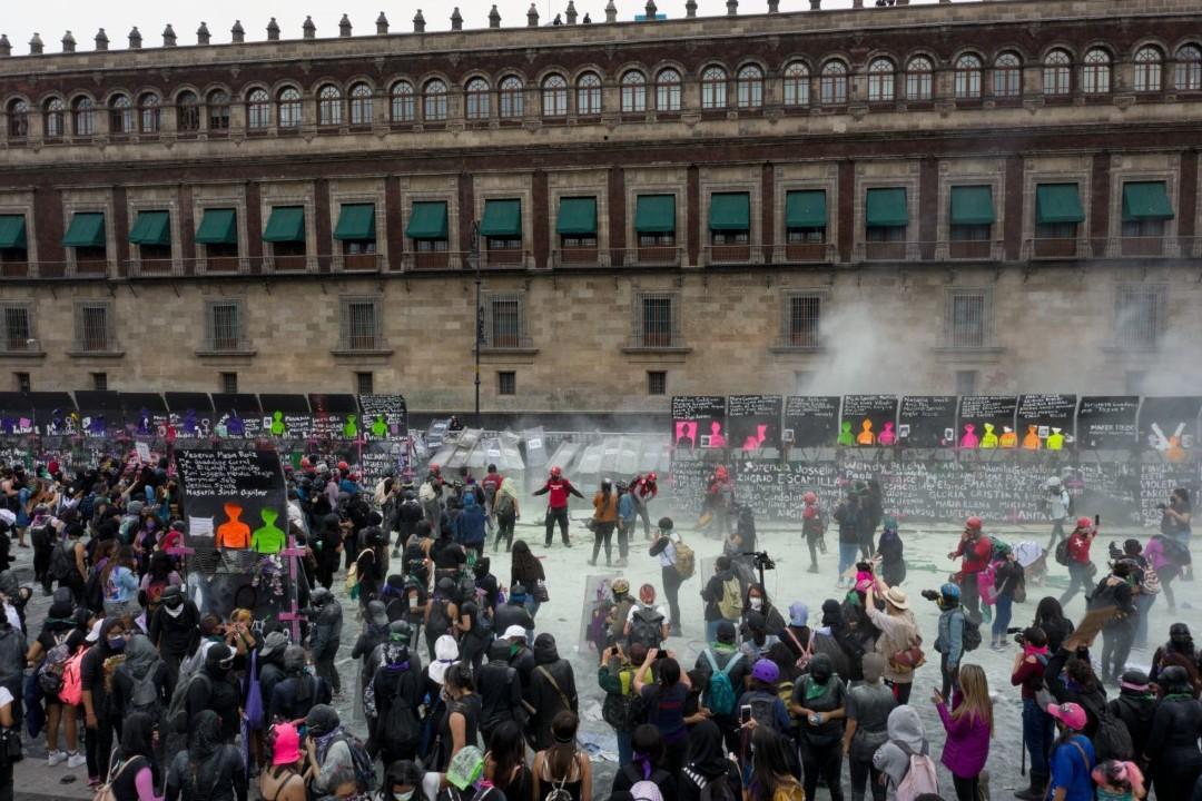 Así-fue-la-marcha-del-Día-Internacional-de-la-Mujer-en-CDMX