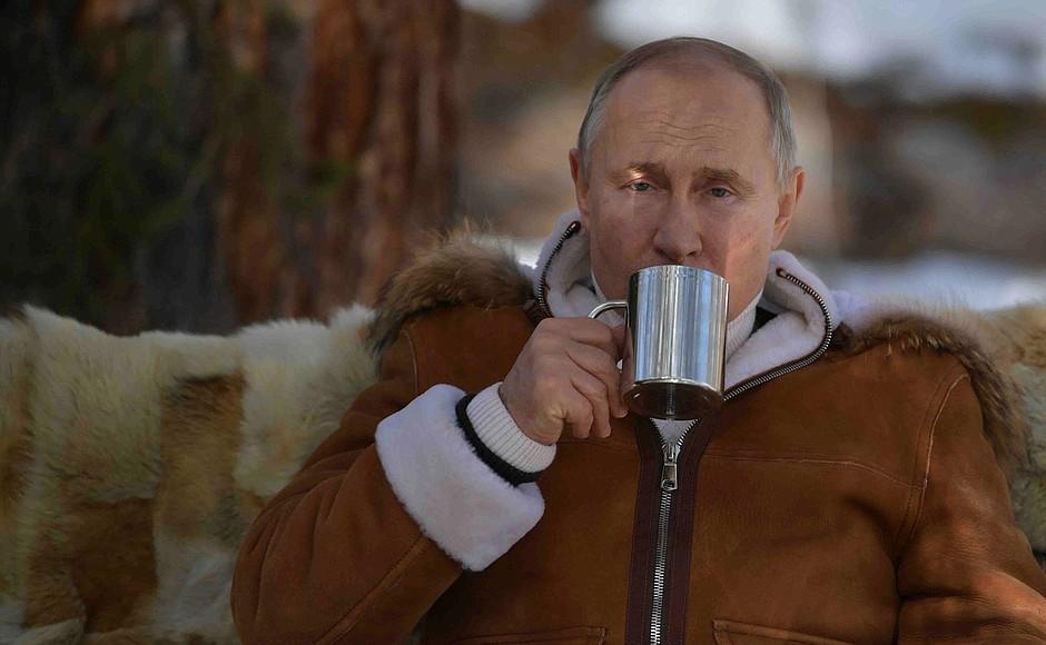 Putin pasa el fin de semana en la taiga siberiana. (Foto: @KremlinRussia_E)