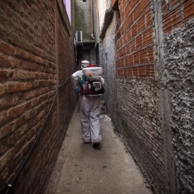 Argentina supera por cuarto día consecutivo el récord de casos diarios COVID con 24 mil 130 nuevos contagios