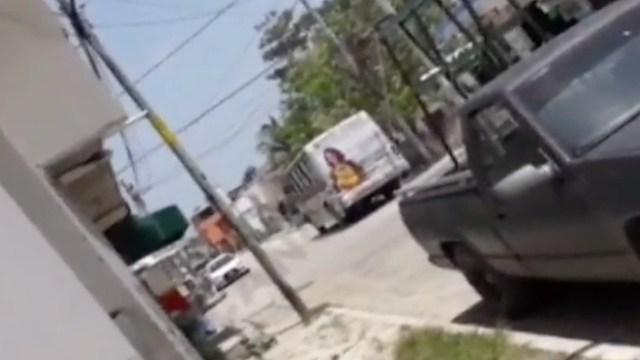 Balacera en calles de Cancún (FOROtv)