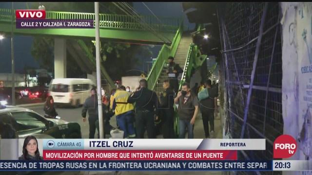 evitan suicidio de un hombre que pretendia lanzarse de puente en zaragoza cdmx