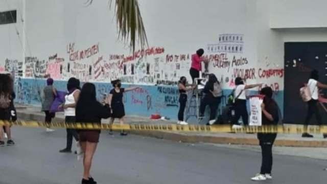 Feministas protestaron en Fiscalía de Cancún, Quintana Roo