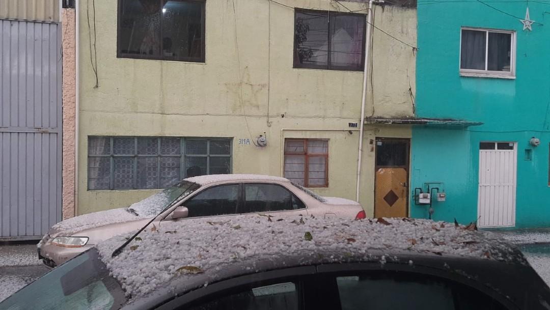 Granizada sorprende a habitantes de Toluca y Zinacantepec