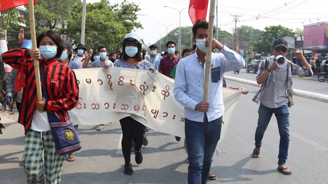 Las fuerzas de seguridad abrieron fuego el sábado contra manifestantes