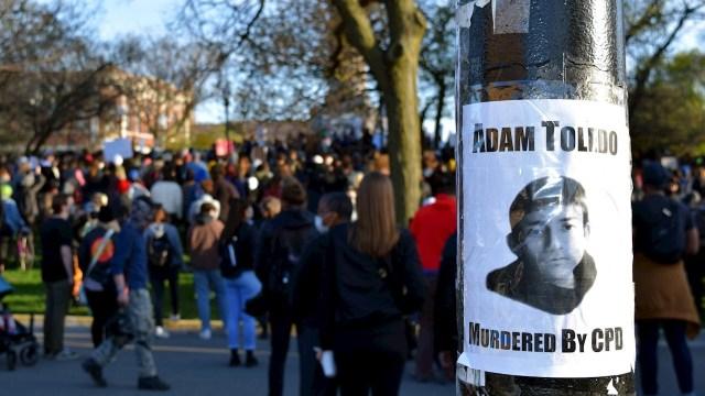 Manifestantes piden justicia en Chicago por niño asesinado por policía