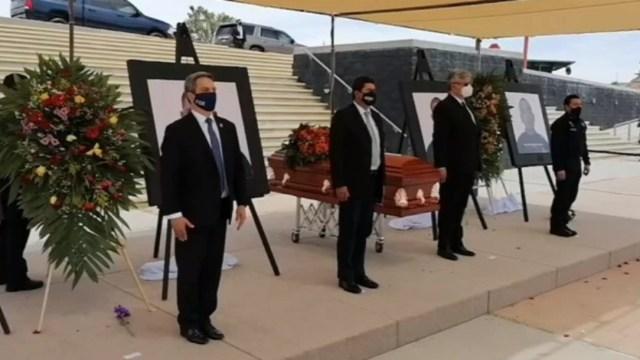 Homenajean a policías que murieron durante emboscada en Chihuahua