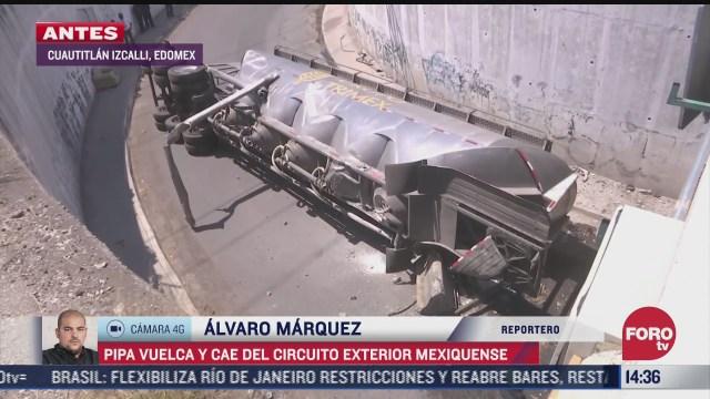 pipa vuelca en el circuito exterior mexiquense