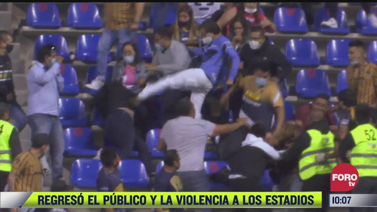 regresa la violencia a los estadios de futbol