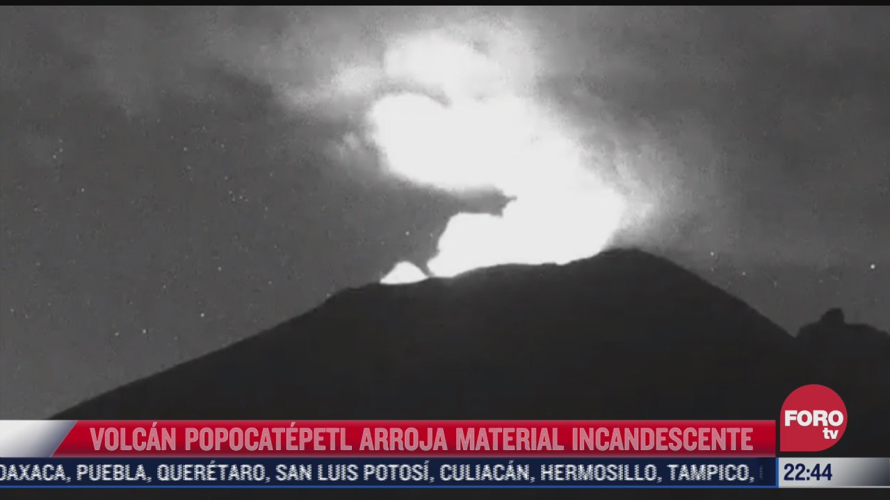 volcan popocatepetl arroja material incandescente