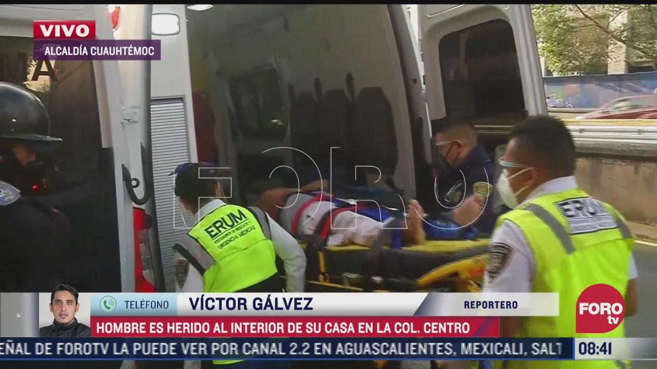 Vecinos encuentra un hombre herido al interior de su domicilio en CDMX