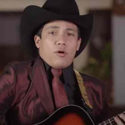 Asesinan al cantante de música de banda Julio Verdugo en Sinaloa