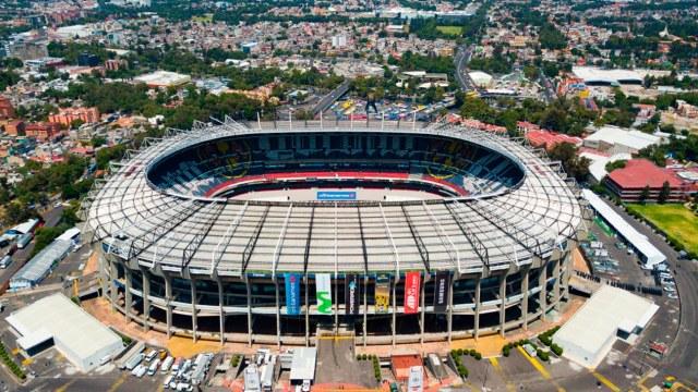 Fotos de importantes momentos en la historia del Estadio Azteca
