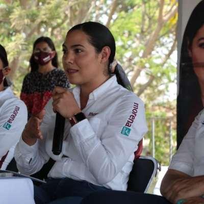 Vamos a fortalecer a los creadores culturales en Colima: Indira