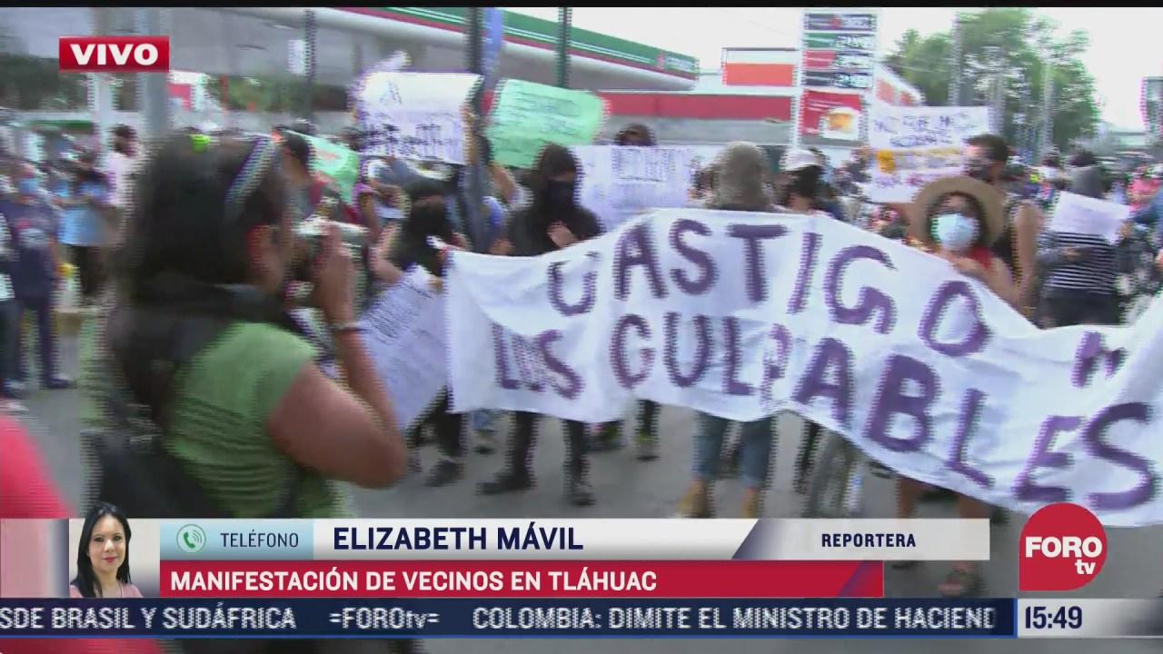 jovenes encapuchados se manifiestan en la avenida tlahuac