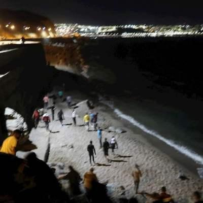 Cerca-de-5-mil-migrantes-llegan-a-Ceuta-desde-Marruecos