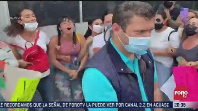 mujeres exigen detencion de gabriel vallejo psicoanalista acusado de violacion