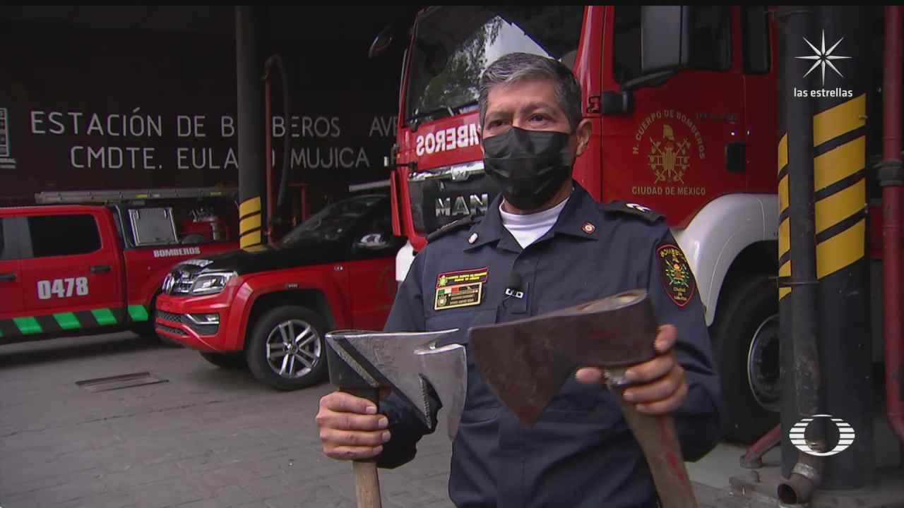 bombero crea herramienta multifuncional al modificar su hacha