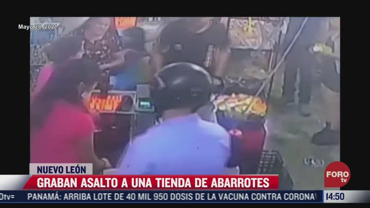 camaras de seguridad captan el momento de un asalto a tienda en nuevo leon