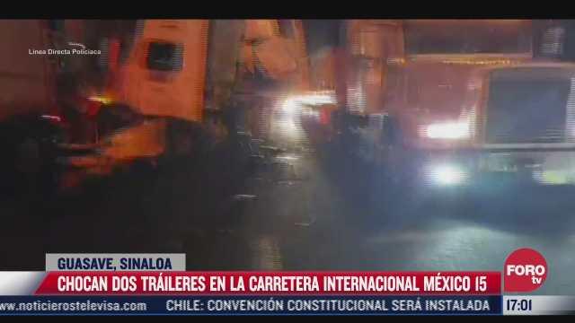 chocan 2 traileres en carretera de guasave sinaloa