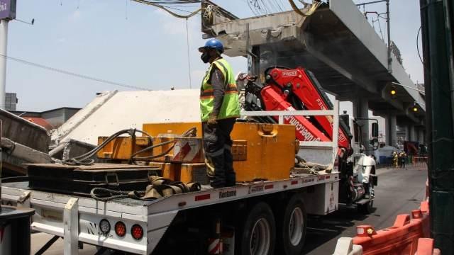 Continúan trabajos en zona del accidente de la L12 del Metro
