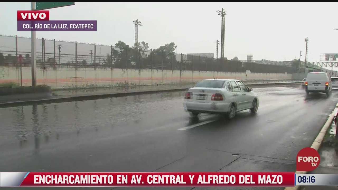 encharcamiento en avenida central y alfredo del mazo en ecatepec