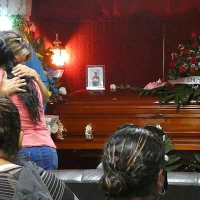 Obispo de Matamoros ofrece misa por víctimas en ReynosaObispo de Matamoros ofrece misa por víctimas en Reynosa