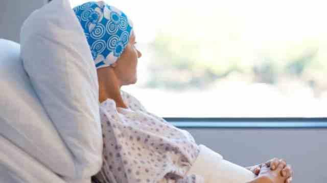 Pacientes oncológicos viven un calvario por meses de desabasto de medicamentos