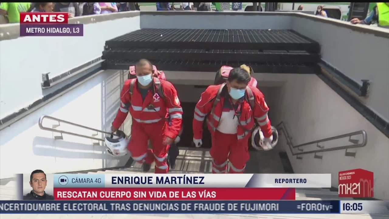 rescatan cuerpo de hombre en vias del metro hidalgo