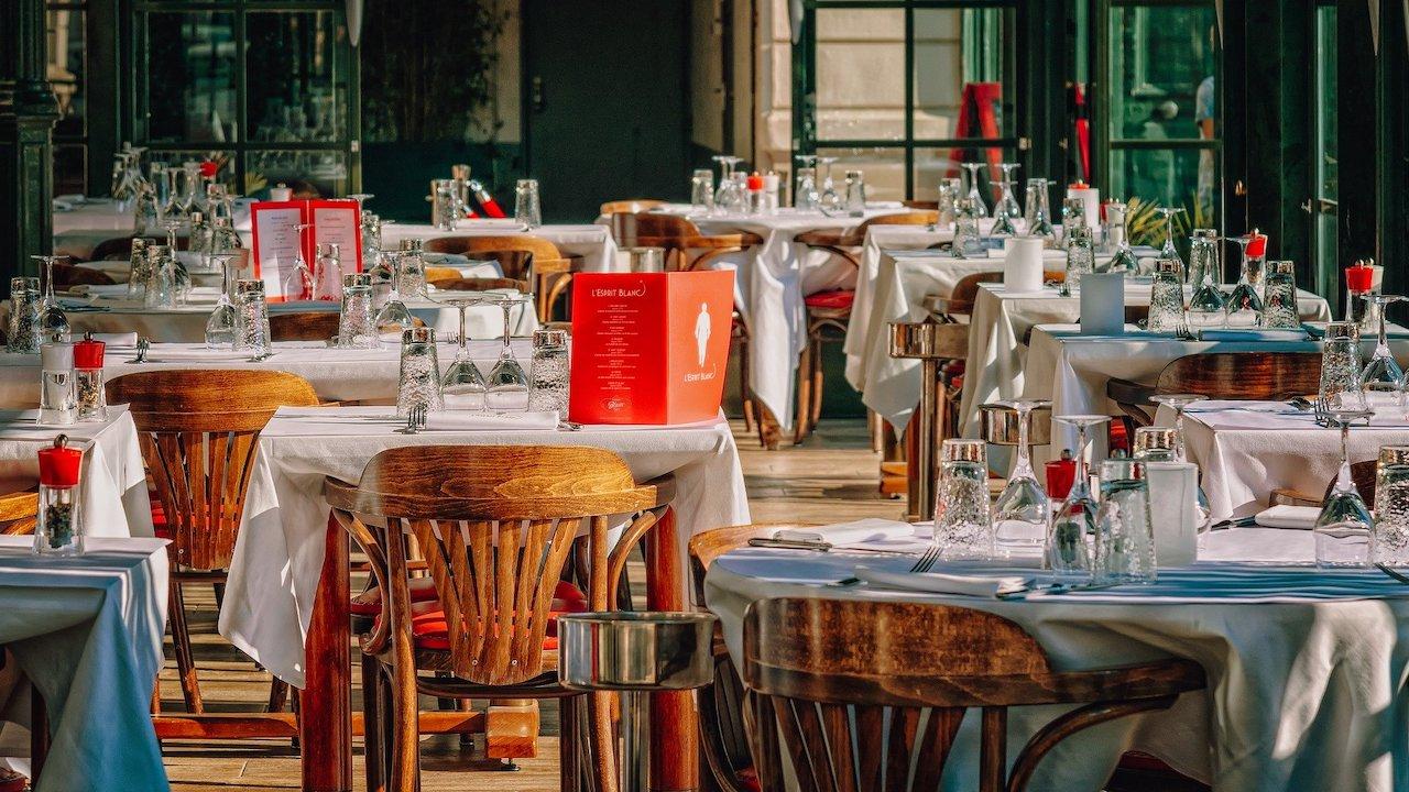 Influencer quería comer gratis en restaurante; la respuesta de los dueños se volvió viral