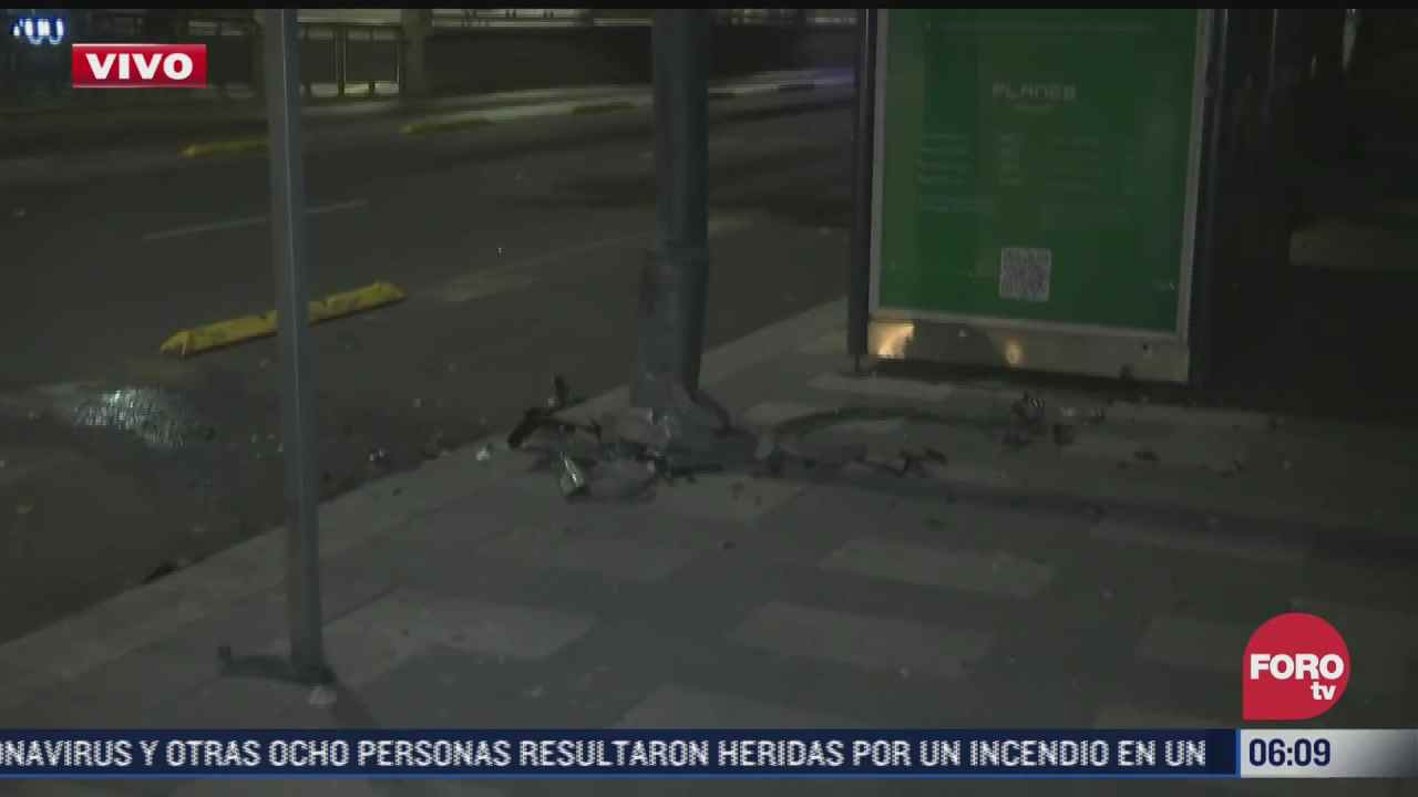 vehiculo se impacta en avenida insurgentes cdmx