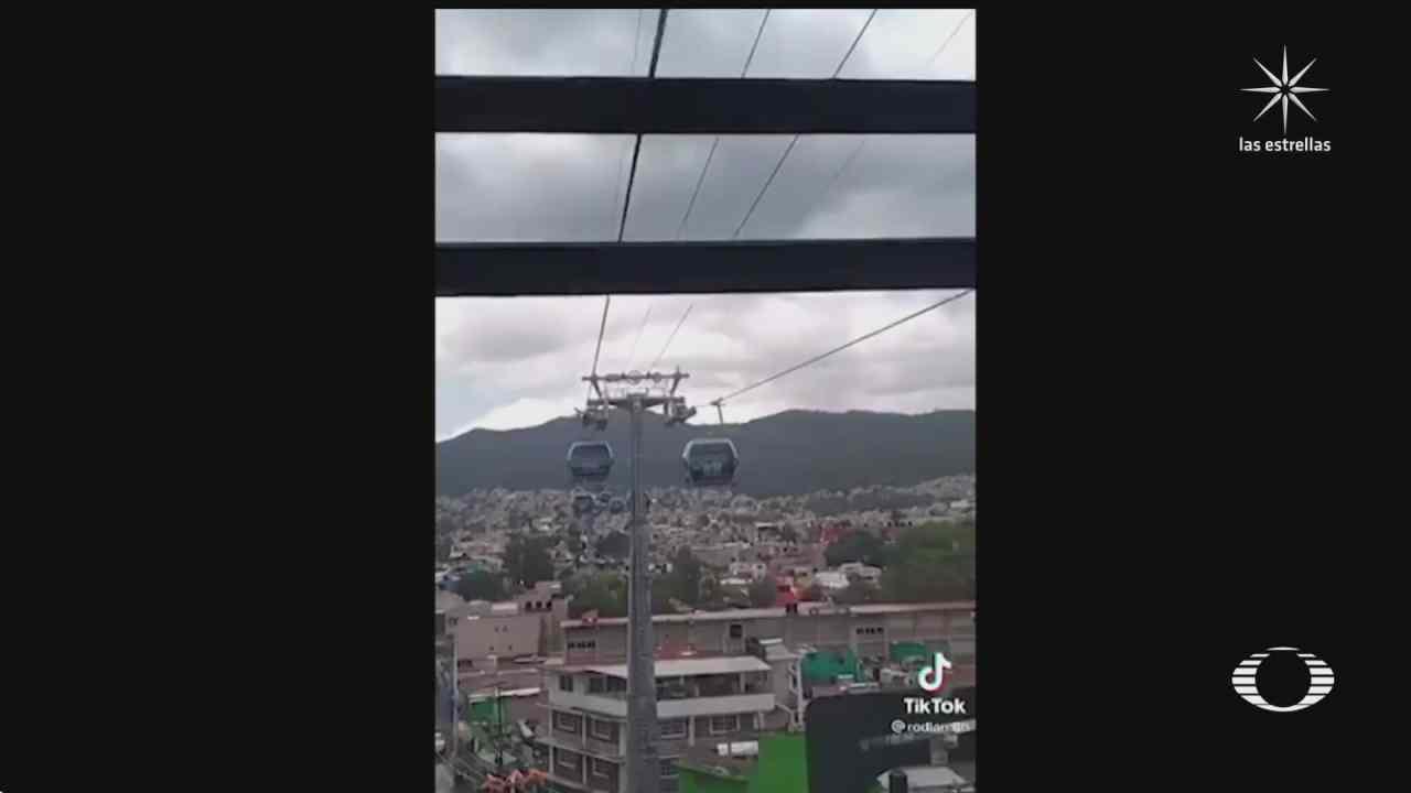 cablebus se queda suspendido en el aire