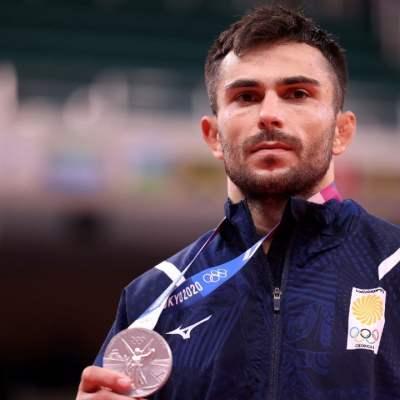 Expulsan de Tokyo 2020 a dos medallistas por abandonar Villa Olímpica