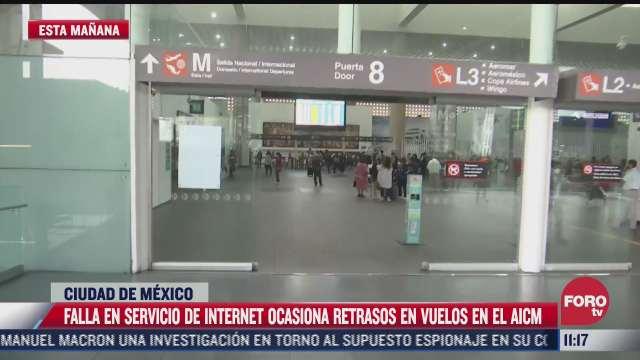 falla en servicio de internet ocasiona retrasos en vuelos en el aicm