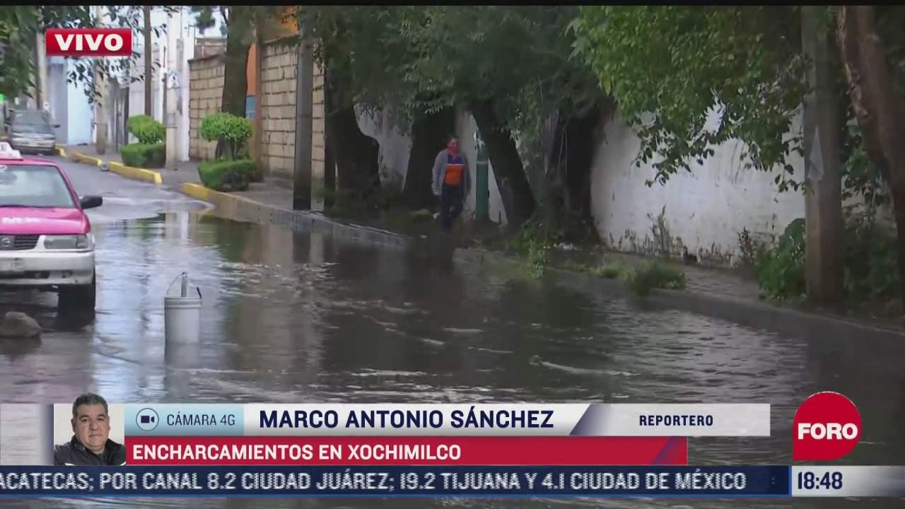 fuertes lluvias causan encharcamientos en calles de xochimilco