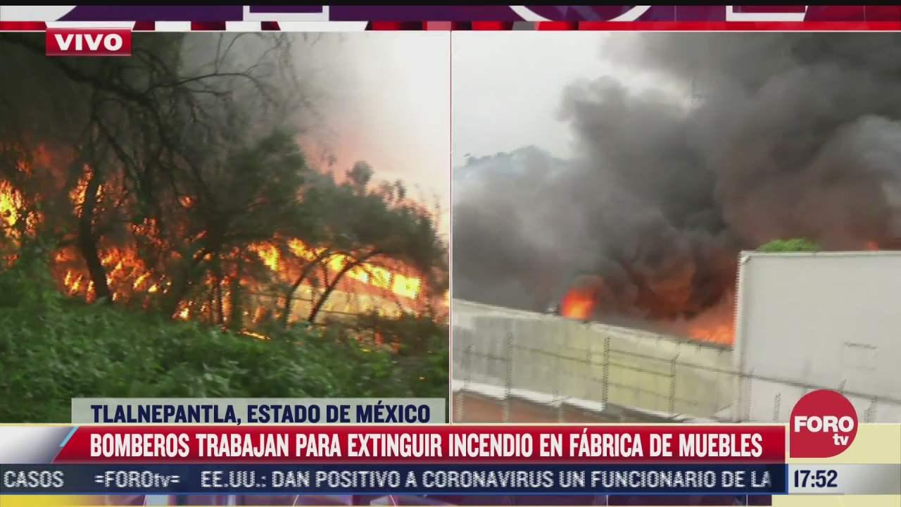 humo provocado por incendio en fabrica de muebles en tlalnepantla se extiende a periferico