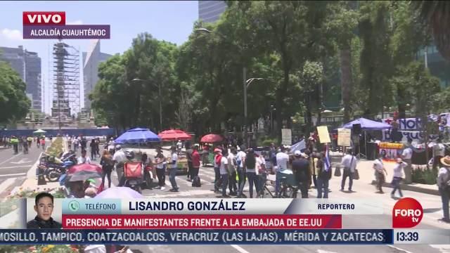 manifestantes apoyan a comunidad cubana frente a embajada de eeuu