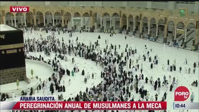 miles se dirigen a la meca en peregrinacion anual