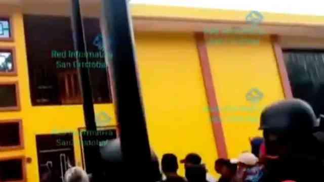 Grupo de personas ingresó por la fuerza a casas de autoridades en en Pantelhó, Chiapas (FOROtv)
