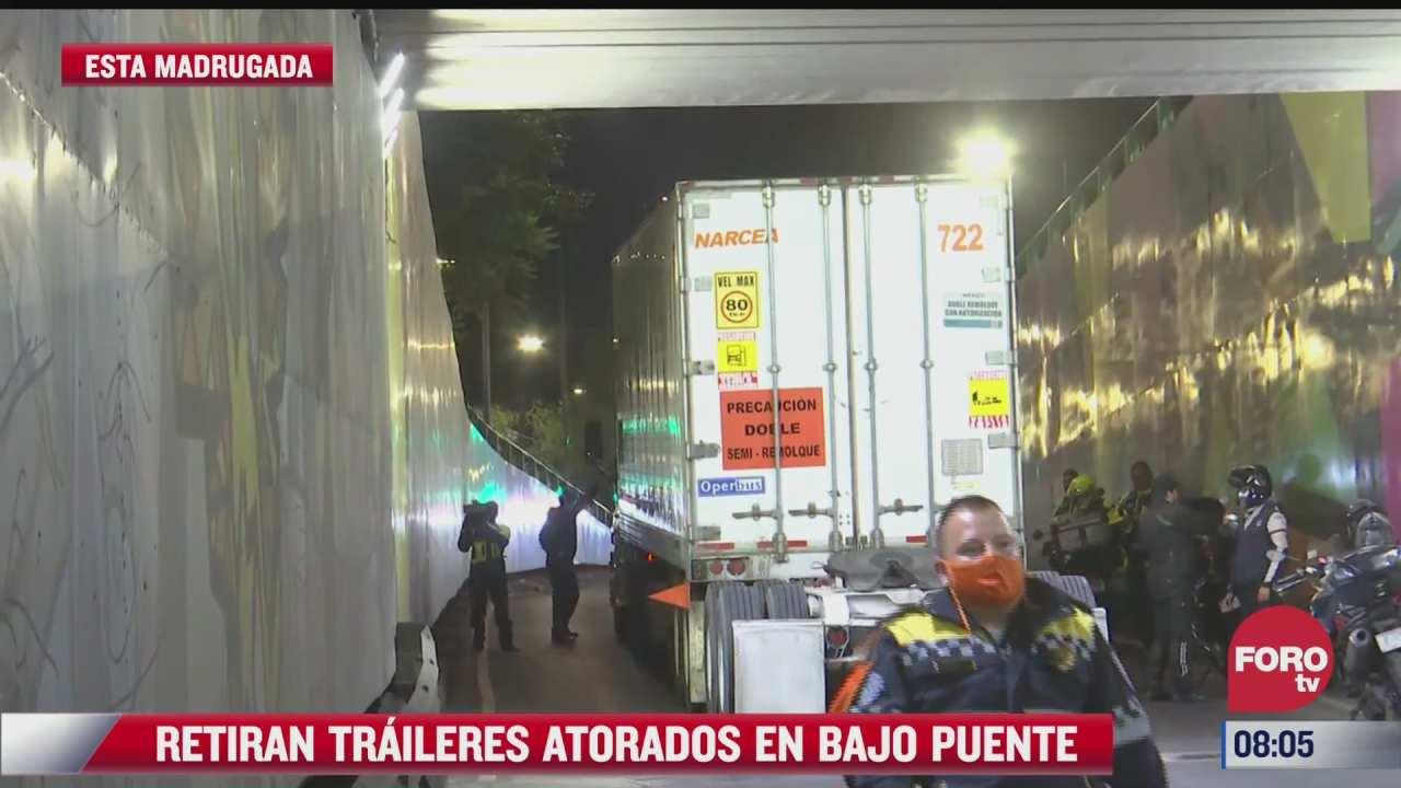 reabren circulacion en av chapultepec cdmx tras retirar traileres atorados