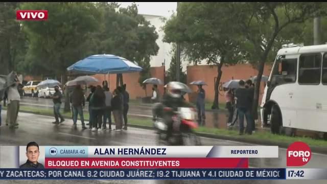 realizan bloqueo en avenida constituyentes demandan reconexion de suministro electrico