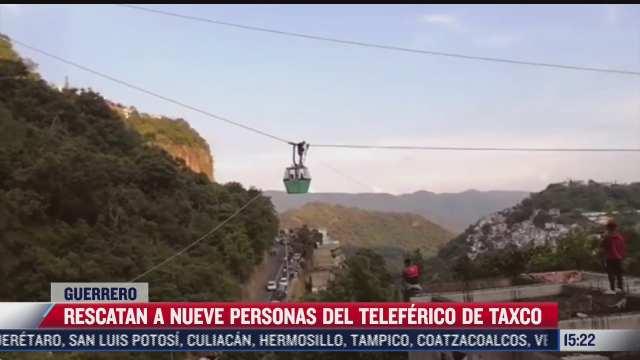 rescatan a nueve personas tras rompimiento de cable de teleferico de taxco