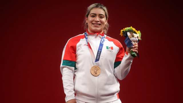 Aremi Fuentes da tercer bronce a México en halterofilia en Tokyo 2020