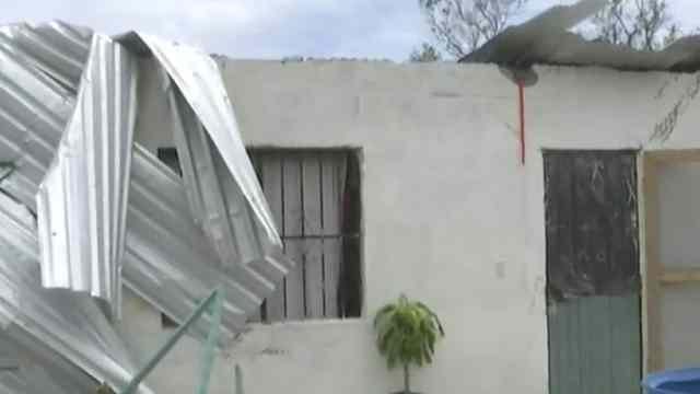 Daños por Grace en Veracruz afectan a miles de personas; están incomunicados, sin luz ni agua