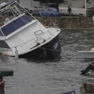 Se hunde embarcación en Acapulco; un turista resulta herido