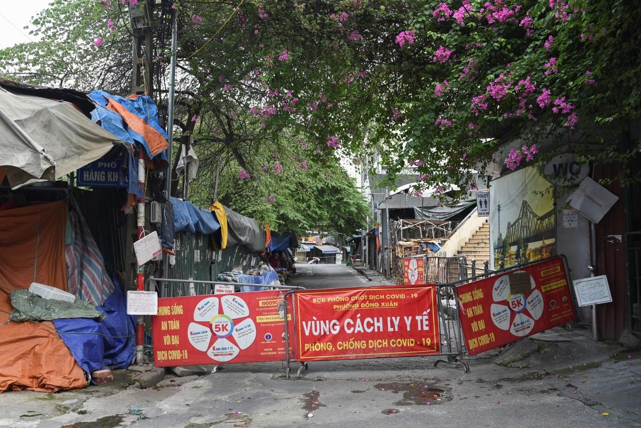 Hombre sentenciado a cárcel por contagiar covid en Vietnam