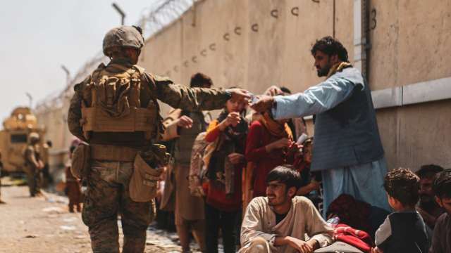 EE.UU. reconoce 'error trágico' tras matar a civiles en ataque con dron en Afganistán